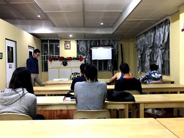 バギオA&Jのナイトクラス