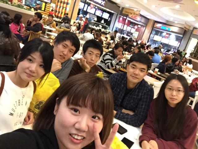 dinner-wales-classmates